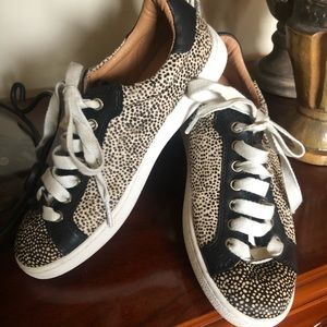 Ugg Milo Exotic Sneakers Size 7